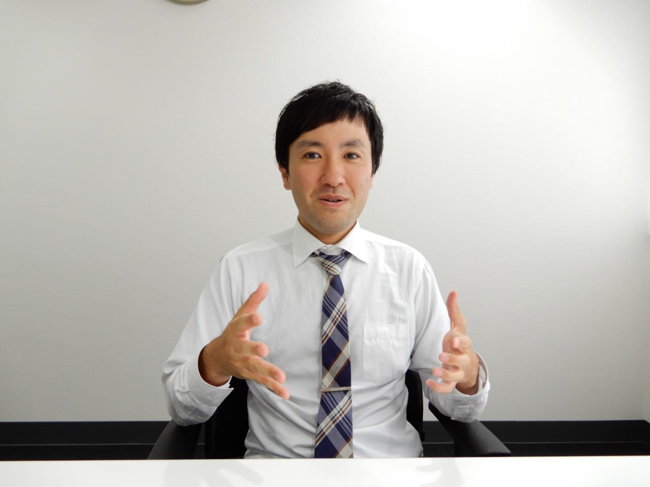 ヒロセ通商東野さん話す様子3