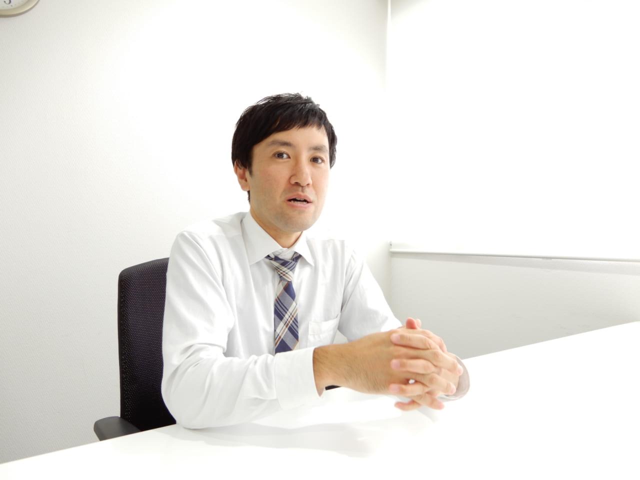 ヒロセ通商東野さん話す様子2
